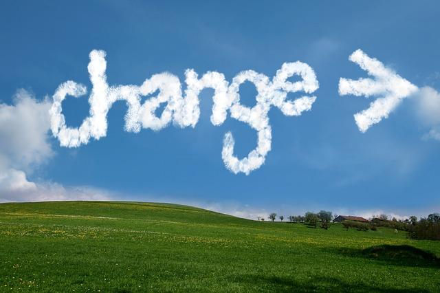 価格を手動変更した際、その価格が初期価格に設定されるようになりました。